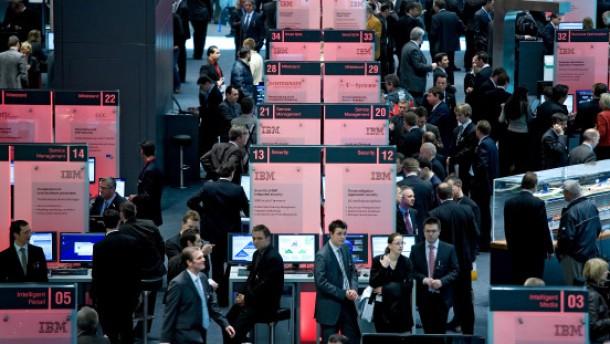 Computermesse wird zum Treff für Firmenkunden