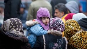 Verlangt von Flüchtlingen Eintrittspreise!
