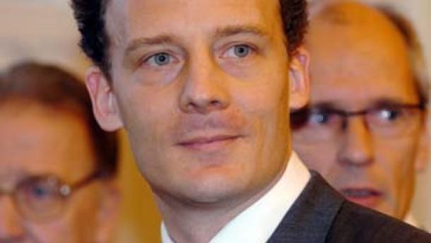 Staatsanwalt erhebt schwere Vorwürfe gegen Alexander Falk