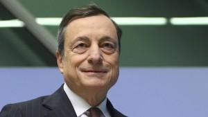 Bald berät ein Deutscher Mario Draghi