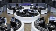 Auch hier in Frankfurt werden Börsengeschäfte von Finanzaufsicht und Ermittlern inzwischen intensiver durchleuchtet.
