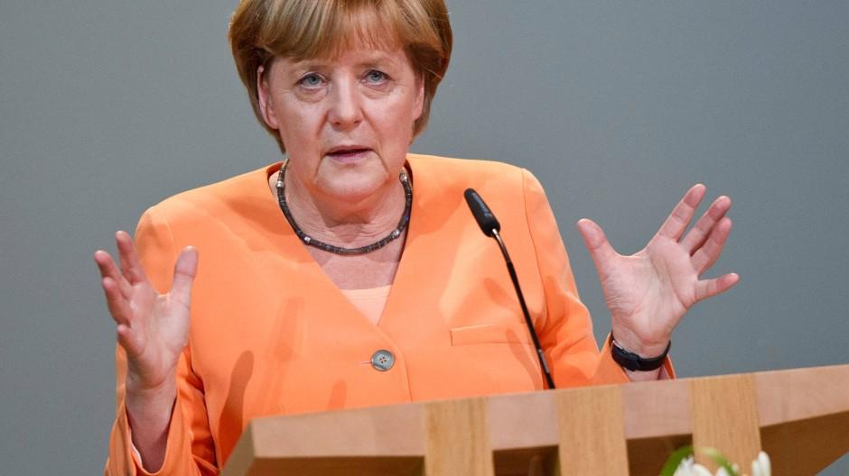 Bundeskanzlerin Angela Merkel (CDU) äußert sich an diesem Freitag zur NSA-Affäre.