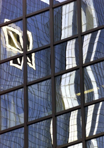 Erster quartalsverlust seit f nf jahren deutsche bank for Der spiegel aktuell