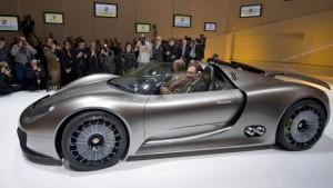 Porsche nimmt Hürde zur Fusion