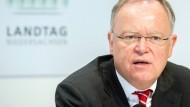 Niedersachsens Ministerpräsident und qua Amt Volkswagen-Aufsichtsrat: Stephan Weil (SPD).