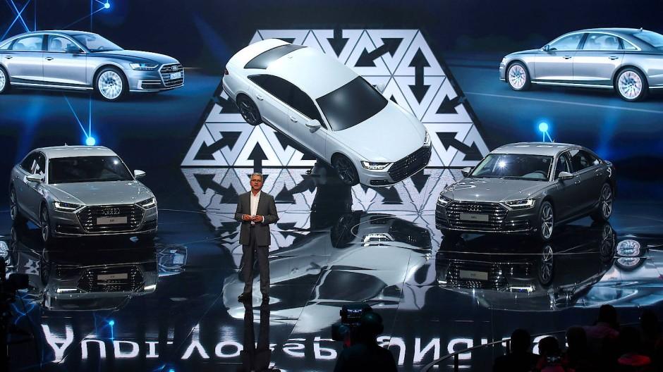 In Barcelona: Audi-Chef Rupert Stadler stellt den neuen Audi A8 vor. Hat er tatsächlich noch ein Jahr, um sich zu beweisen?