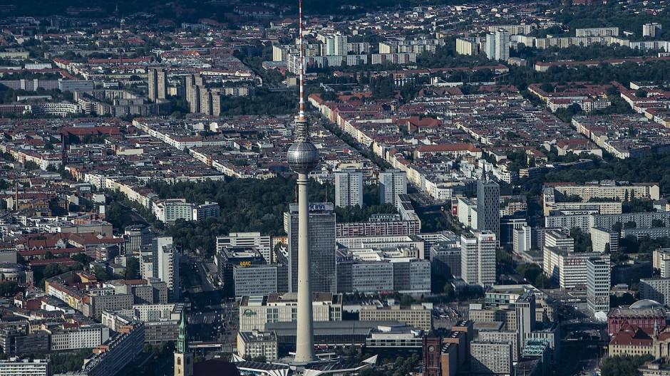 Blick auf Berlin: Die Stadt bekommt einen Mietendeckel.