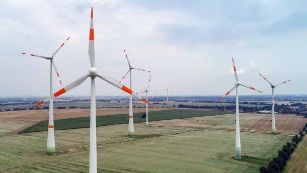 Der Abriss alter Windräder wird zum Problem