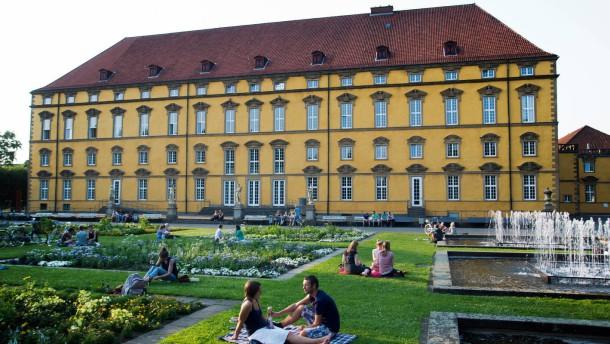 Gut leben in Osnabrück -  ein Stadtportrait mit Alltagszenen mit und neben den touristischen Attraktionen