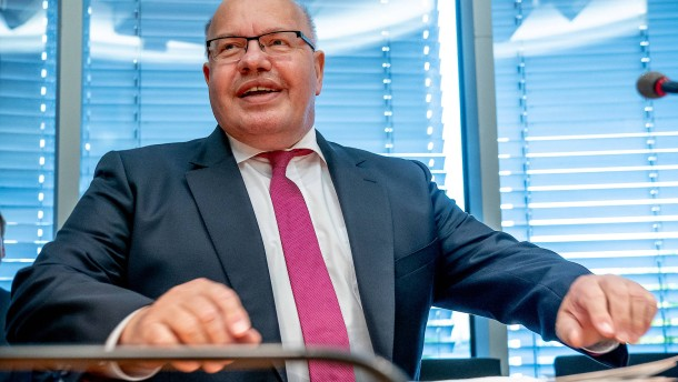 Altmaier will Corona-Hilfen für Mittelstand verlängern