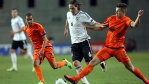 Deutschland unterliegt den Niederlanden