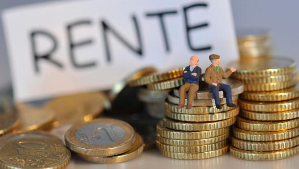 Merkel fordert einheitliches Rentenalter