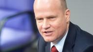 """Die EZB habe ihr Mandat """"ganz schön weit ausgedehnt"""", sagt Ralph Brinkhaus."""