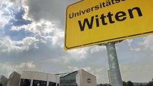Software-AG-Gründer denkt über Uni-Übernahme nach