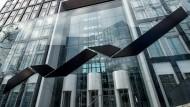 Der Sitz der Deutschen Börse in Eschborn: Die Fusion mit der London Stock Exchange steht nach dem Brexit-Referendum auf der Kippe.