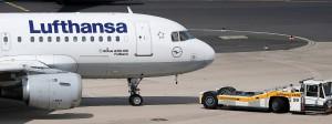 Die Lufthansa ist an den Slots von Air Berlin interessiert.