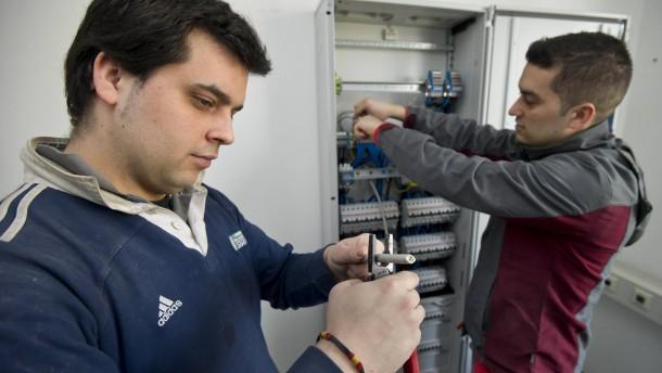 Muenchner Handwerkskammer holt Fachkraefte aus Spanien