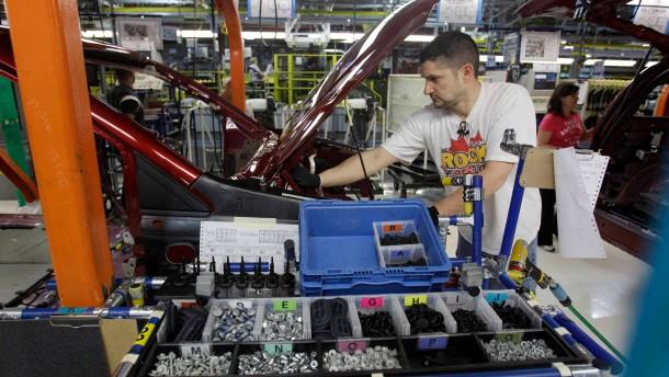 Fiat und Ford rufen Hunderttausende Autos zurück