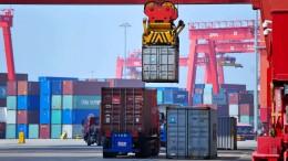 Amerikas Handelsdefizit mit China steigt abermals