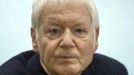 """""""Ich bin davon ausgegangen, dass ich die Forderungen meiner Gläubiger immer erfüllen kann"""", so Anton Schlecker vor Gericht."""
