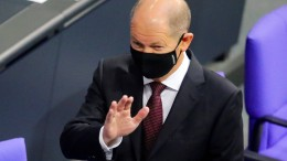 """Scholz: """"Gutes Zeichen – AfD: """"Verfassungswidrig"""""""
