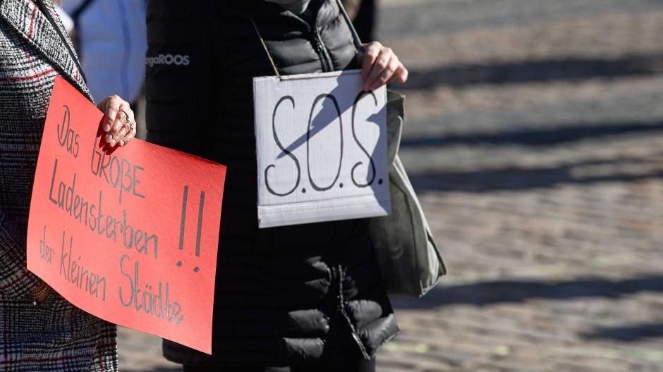 Protestaktion von Freiberger Gewerbetreibenden gegen die Corona-Maßnahmen