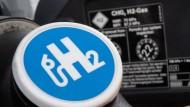 Wasserstoff wird derzeit als verheißungsvoller Energieträger der Zukunft gepriesen.