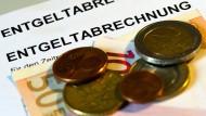 Eine Stunde Arbeit kostet in Deutschland wird teurer.
