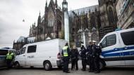 Als Reaktion auf die Übergriffe an Silvester zeigt die Polizei nun mehr Präsenz rund um Dom und Hauptbahnhof.