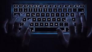 Briten drohen Internetriesen mit Sanktionen