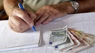Mehr Geld: Die Rentner bekommen dieses Jahr im Westen 1,9 und im Osten 3,6 Prozent höhere Bezüge.