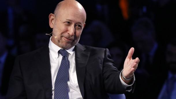 Goldman Sachs hält Boni für früheren Chef zurück