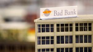 Steinbrück legt Plan für die Bad Bank vor