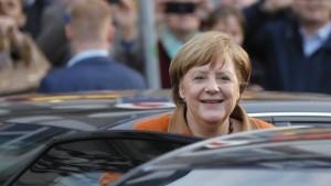 Angela Merkel verteidigt Diesel-Autos