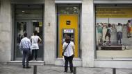EZB erhöht Nothilfe für griechische Banken weiter