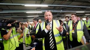 Zwischen Labour und den Tories geht es um das große Geld