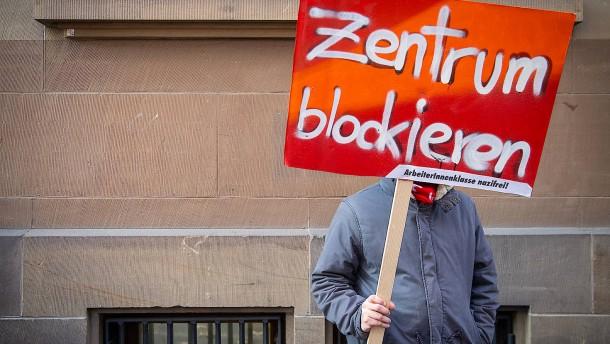 Daimler durfte Mitarbeiter wegen fremdenfeindlicher Beleidigung entlassen