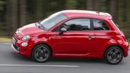 Kein Vorreiter: Erst jetzt wurde eine Elektroversion des Kleinwagens Fiat 500 angekündigt.