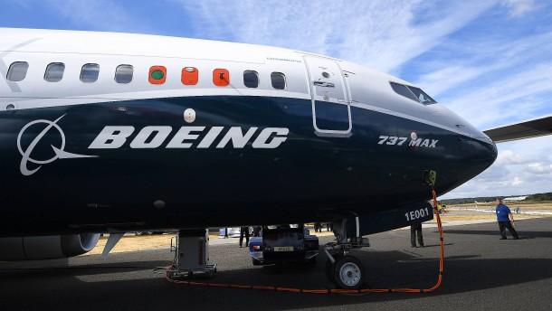 Boeing muss Gewinneinbruch verkraften