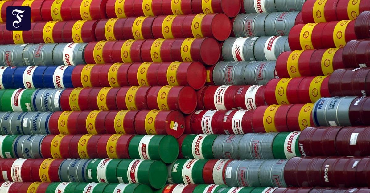 opec-will-500-000-barrel-l-am-tag-weniger-f-rdern