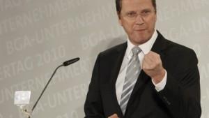 Westerwelle keilt gegen Merkel