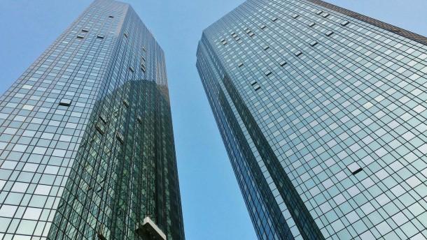 Razzia bei früheren Deutsche-Bank-Kanzleien