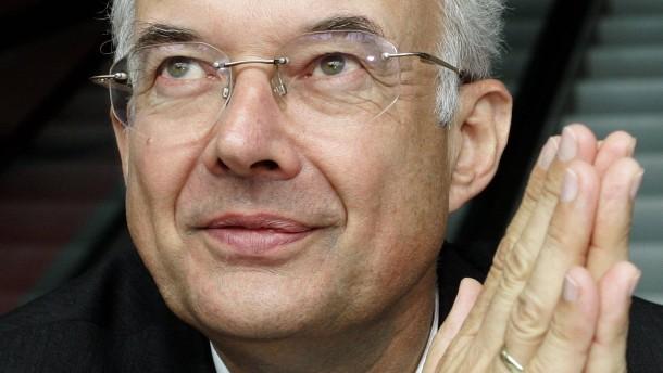 Paul Kirchhof erhält Wissenschaftspreis