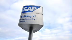 Aktionäre kritisieren Gehälter der SAP-Führung