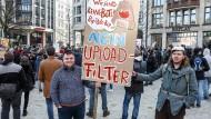 Demonstrationen wie diese in Hamburg gab es viele.