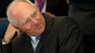 Schäuble hält höhere Kapitalsteuer für möglich