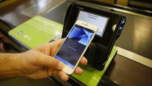 Apple Pay nennt erstmals Partnerbanken