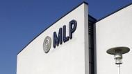 """""""Es bleibt noch viel zu tun - aber 2015 sollten wir bei MLP in der Altersvorsorge die Talsohle gesehen haben"""", sagte Vorstandschef Uwe Schroeder-Wildberg."""