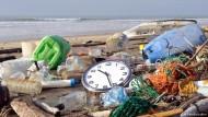 Deutsche Forscher kämpfen gegen Plastikmüll im Meer