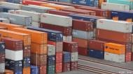 Leere Containerfahrten auf den Weltmärkten